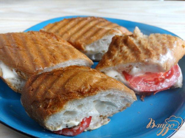 фото рецепта: Сендвич в стиле Капрезе