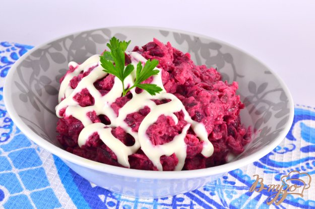фото рецепта: Салат из свеклы и картофеля