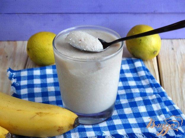 фото рецепта: Бананово-лаймовый десерт с творогом