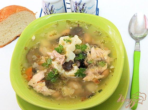 фото рецепта: Суп с опятами и цветной капустой