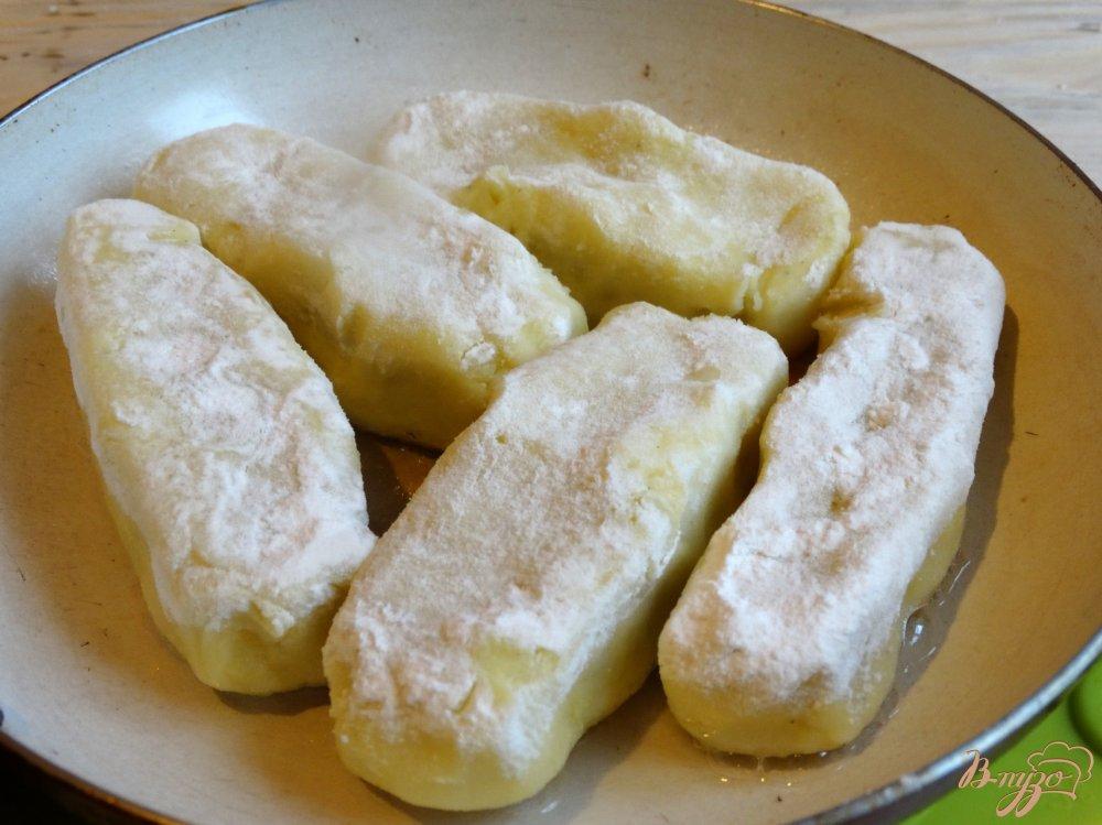 Фото приготовление рецепта: Картофельные зразы с сыром шаг №7