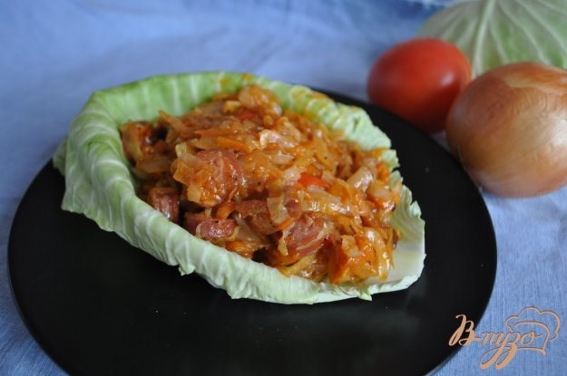 фото рецепта: Капуста с овощами и колбасками