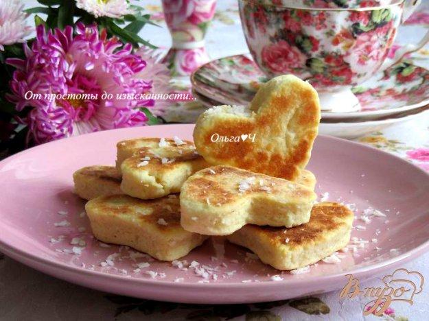 фото рецепта: Валлийские кейки с кокосовой стружкой