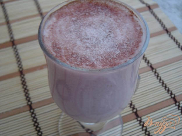 фото рецепта: Смузи из груши и йогурта