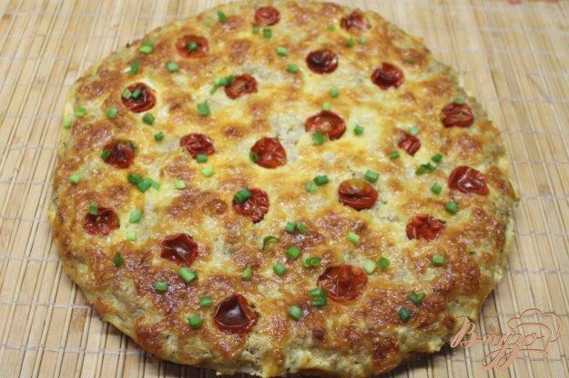 фото рецепта: Пирог с мясным фаршем, помидорами и сыром