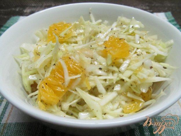 фото рецепта: Салат из капусты с апельсином