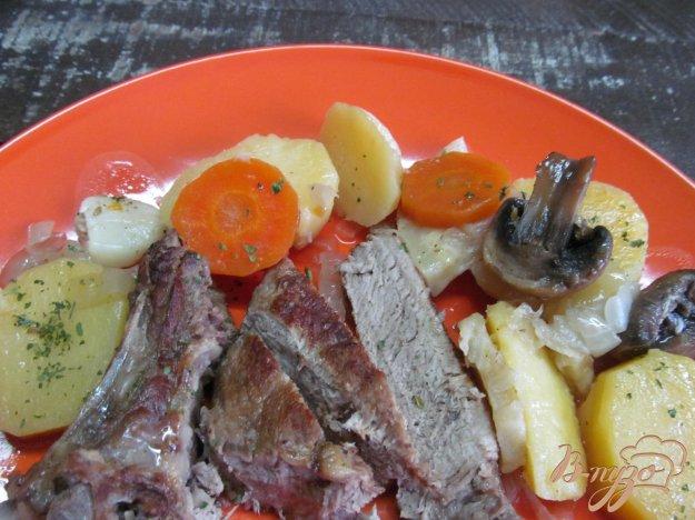 фото рецепта: Говядина на кости с овощами