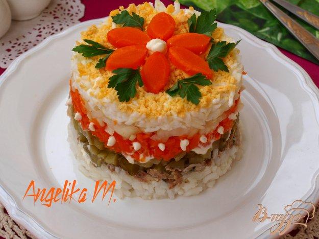 фото рецепта: Салат с рисом, яйцами и сардинами