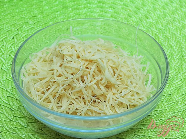 фото рецепта: Тесто для лапши с добавлением воды (в блендере)
