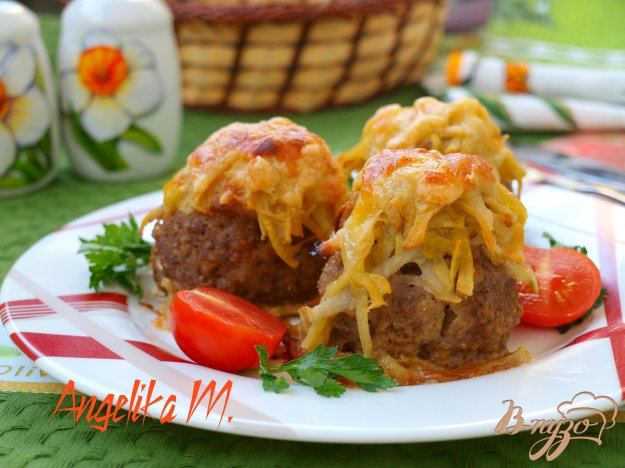 фото рецепта: Стожки из мясного фарша с картофелем