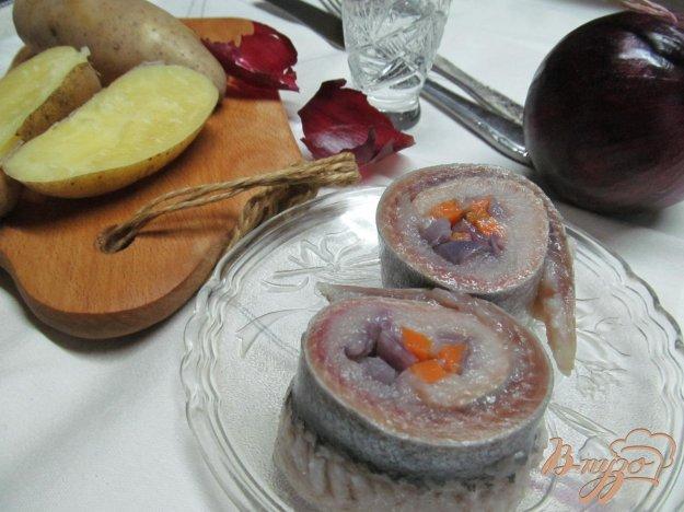 фото рецепта: Рольмопсы из сельди с овощами
