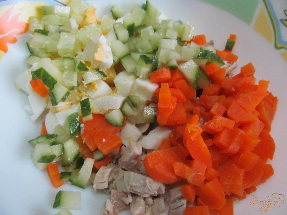 салат из шампиньонов огурцов и яиц рецепт