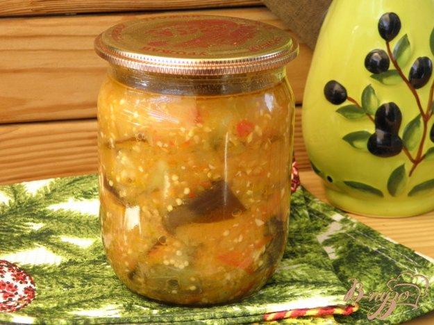 фото рецепта: Консервированные синенькие с перцем