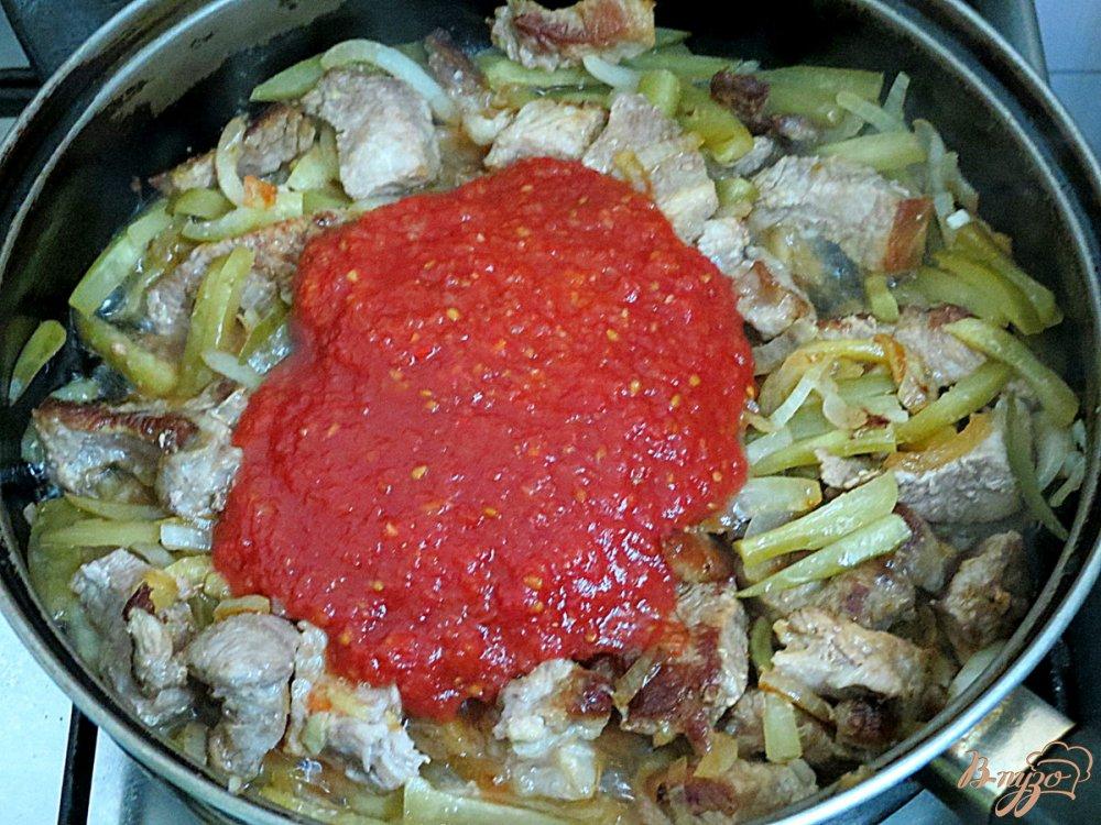 Свинина с солеными огурцами рецепт с пошагово в