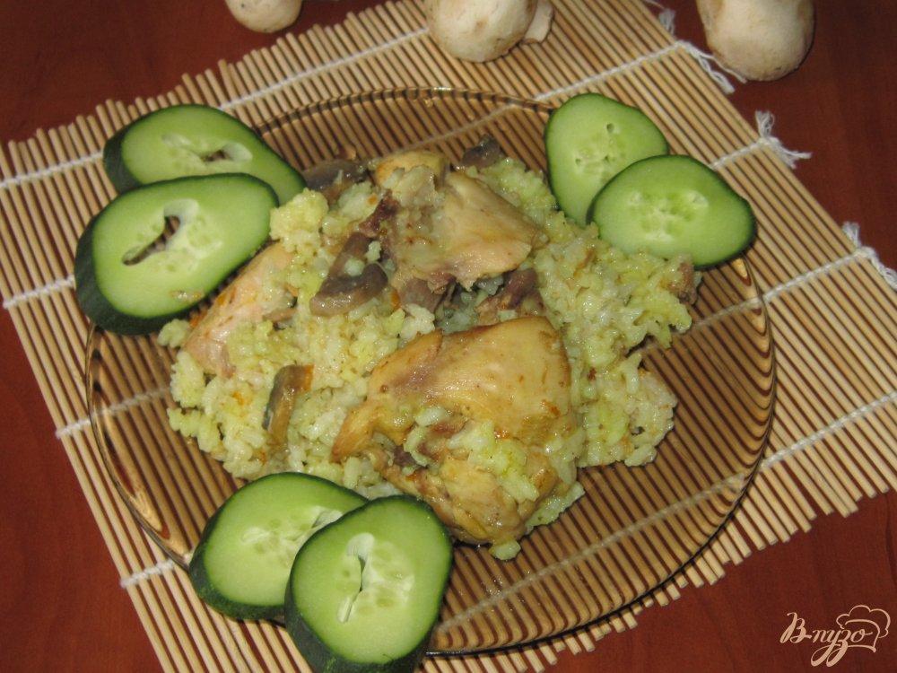 Фото приготовление рецепта: Плов с курицей и грибами шаг №14