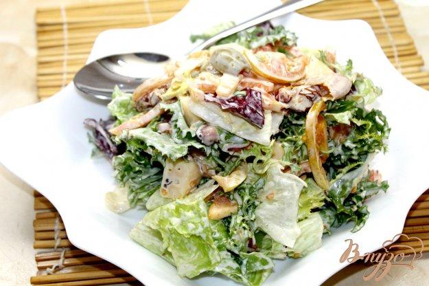 фото рецепта: Овощной салат с жаренным беконом и горчичным соусом