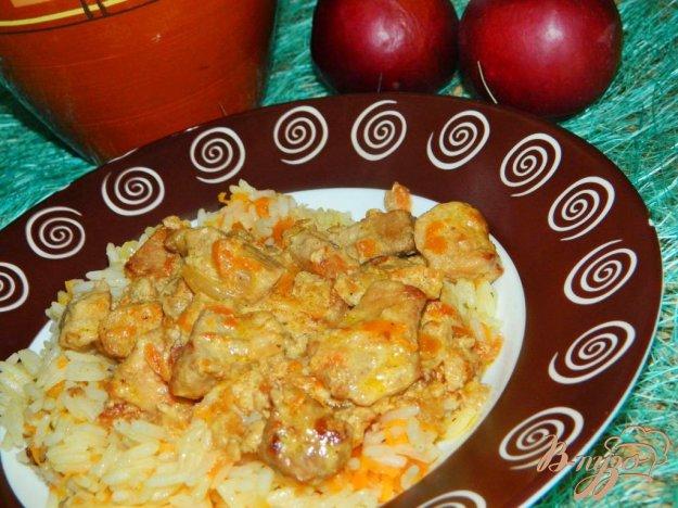 фото рецепта: Свинина тушеная с яблоками в сливках