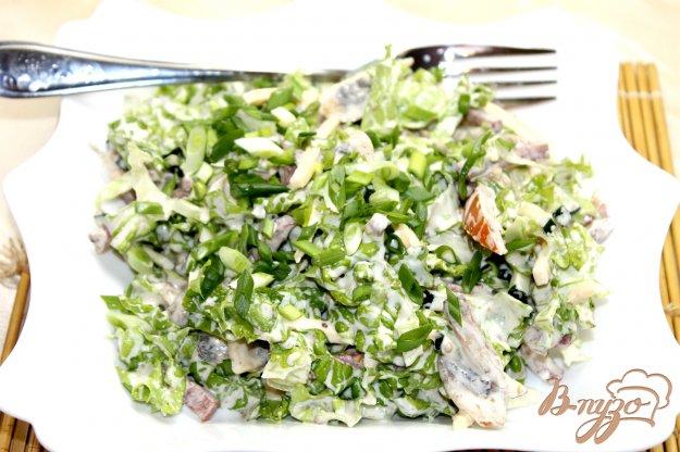 фото рецепта: Салат с грибами, сыром и овощами