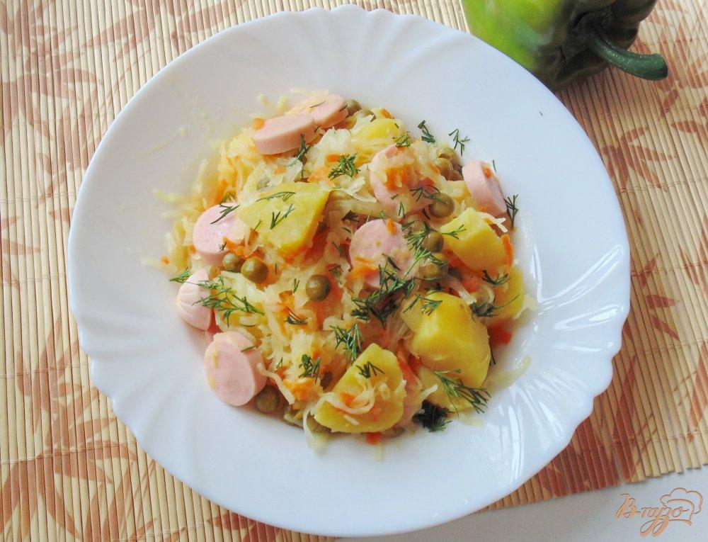 Салат с тунцом консервированным и горошком рецепт