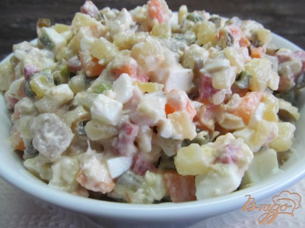 фото рецепта: Салат а-ля оливье