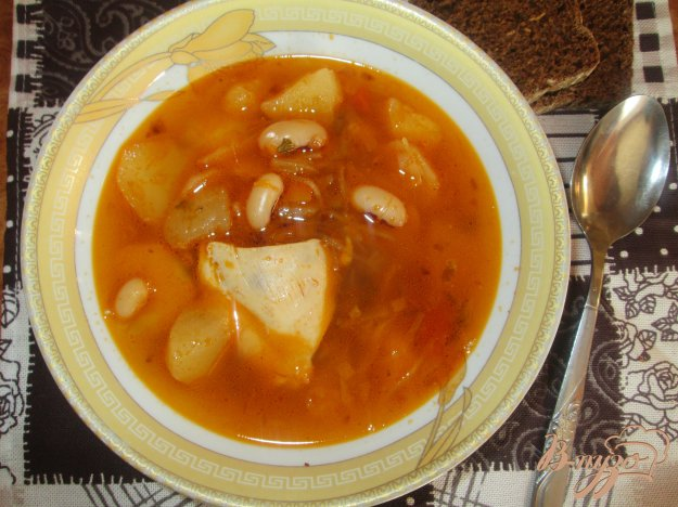 фото рецепта: Красный борщ с фасолью