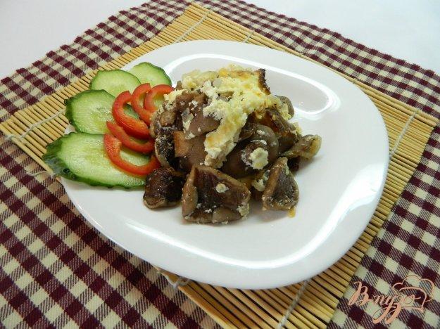 фото рецепта: Маслята под сырным соусом