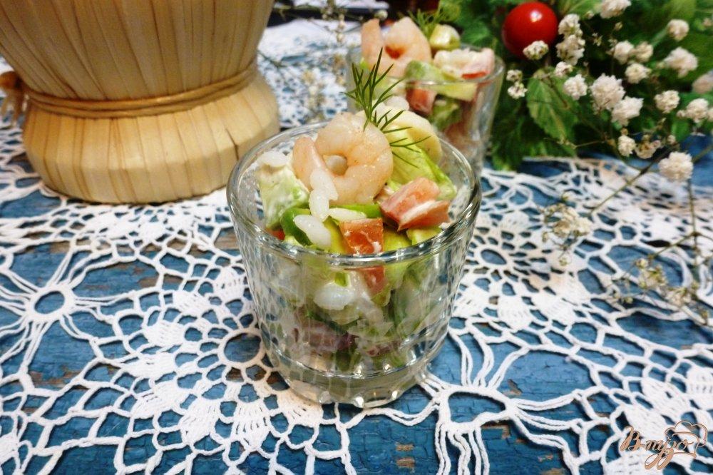 Салат морской коктейль с рисом