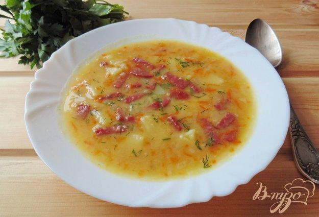 фото рецепта: Гороховый суп с копченой колбасой