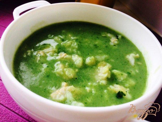 фото рецепта: Суп-пюре из шпината с кусочками хека
