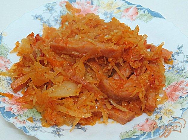 как потушить капусту с колбасой копченой