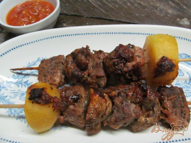 фото рецепта: Шашлык из свинины с грибами и картофелем