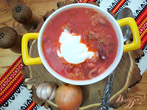 фото рецепта: Борщ на мясном бульоне с фасолью, без картофеля