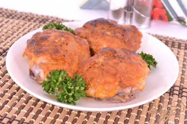 Бедро куриное с подливкой в духовке