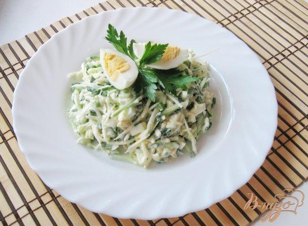 фото рецепта: Салат с редькой и свежим огурцом