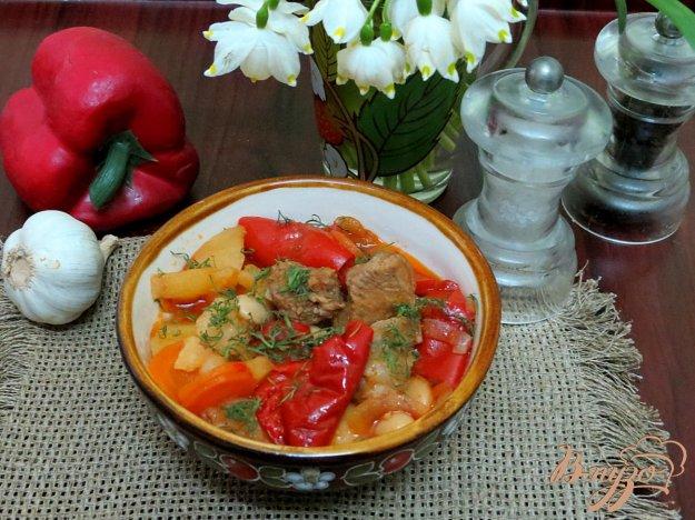фото рецепта: Свинина томлённая с овощами в горшочке