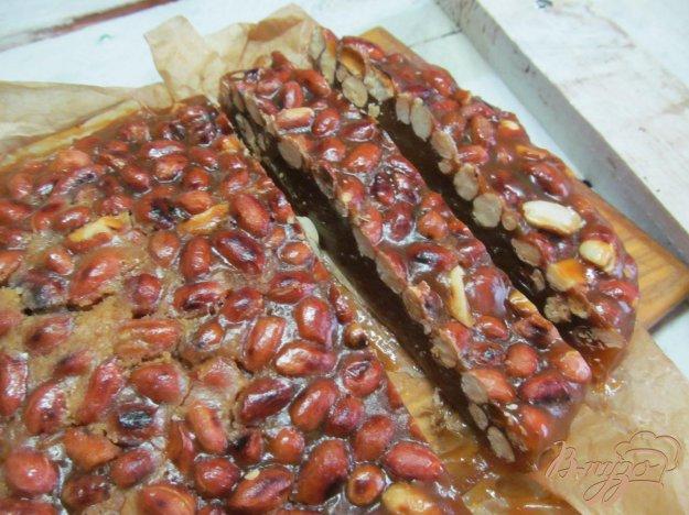 фото рецепта: Восточная сладость с орехами