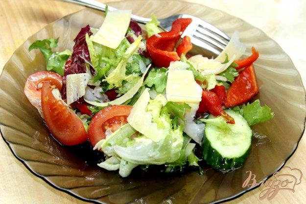 фото рецепта: Весенний витаминный салат