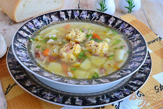 фото рецепта: Суп с копченой грудинкой и сырными клецками