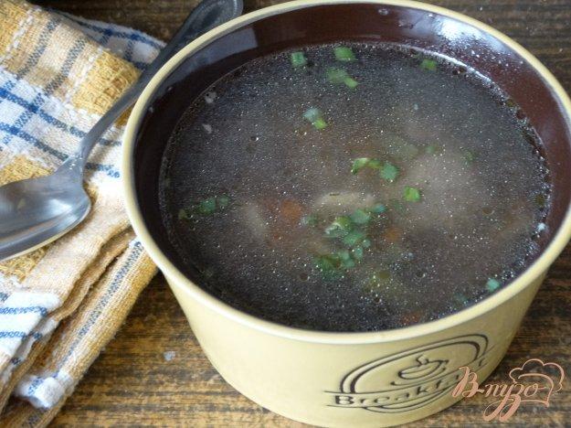 фото рецепта: Суп с лесными грибами и стручковой фасолью
