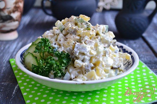 фото рецепта: Салат с курицей и огурцами