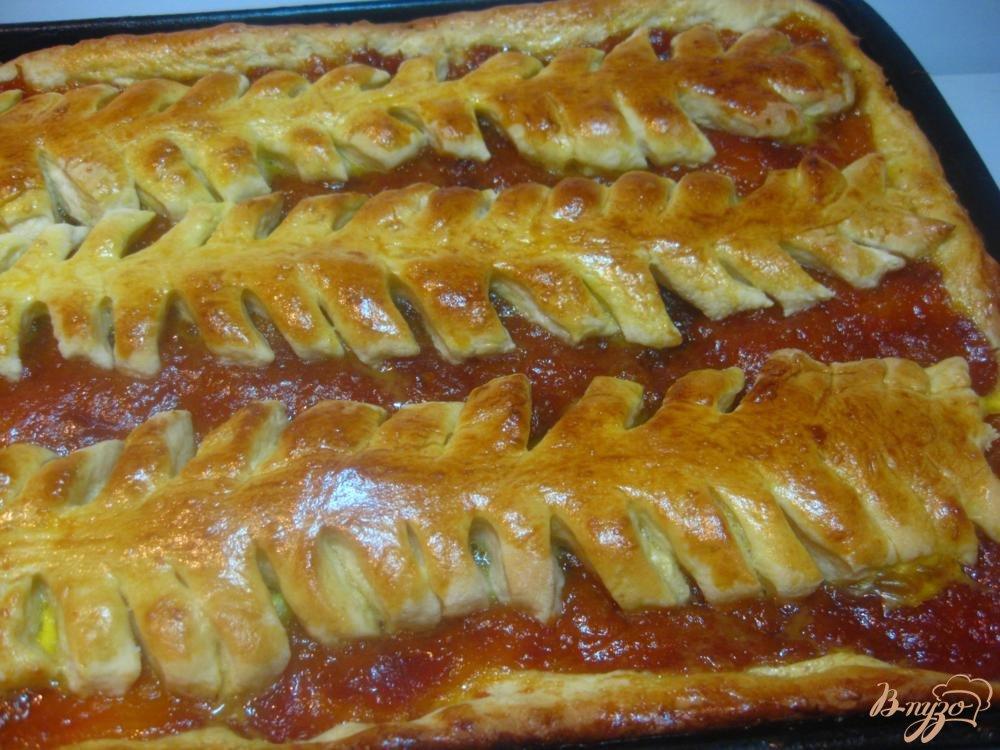 Пирог из дрожжевого теста с абрикосами рецепт с