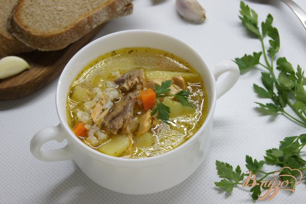фото рецепта: Суп с консервированной горбушей