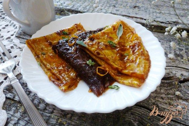 фото рецепта: Разноцветные блинчики с цитрусовой карамелью