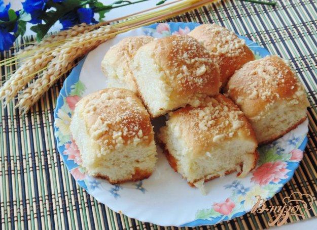 фото рецепта: Сдобные булочки со штрейзелем