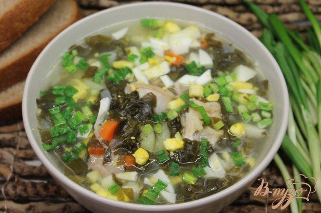 фото рецепта: Зеленый борщ на курином бульоне