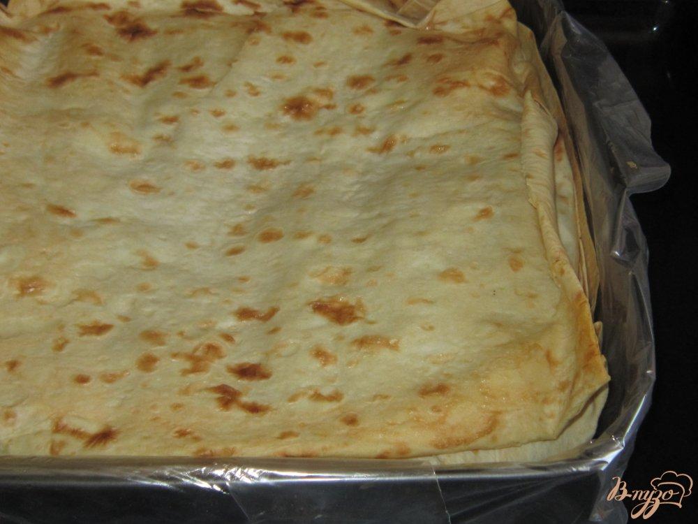 Фото приготовление рецепта: Запеканка в лаваше с фаршем шаг №13