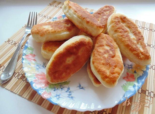 фото рецепта: Жареные пирожки с красной чечевицей