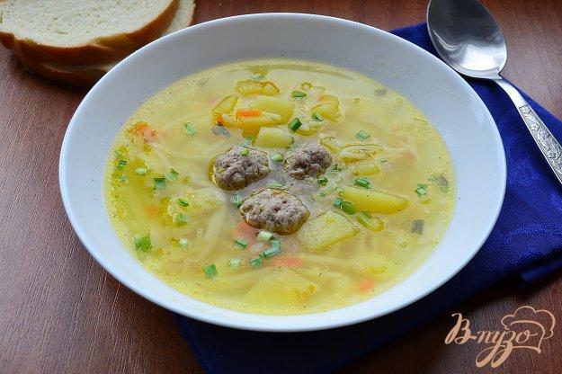 фото рецепта: Суп со свиными фрикадельками и вермишелью