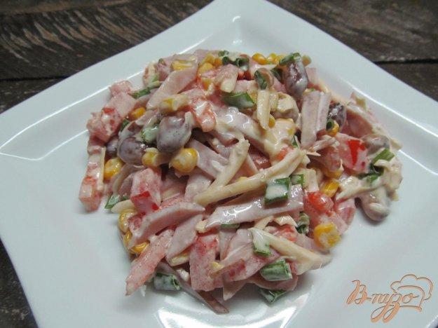 Салат с фасолью, ветчиной и сыром — рецепт с фото пошагово