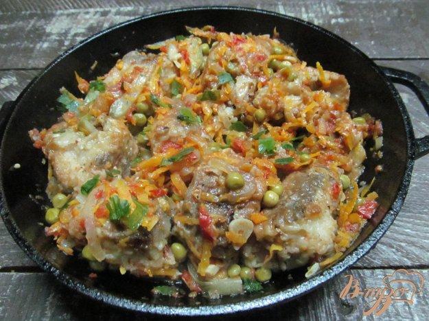 фото рецепта: Тушеная рыба в овощном соусе